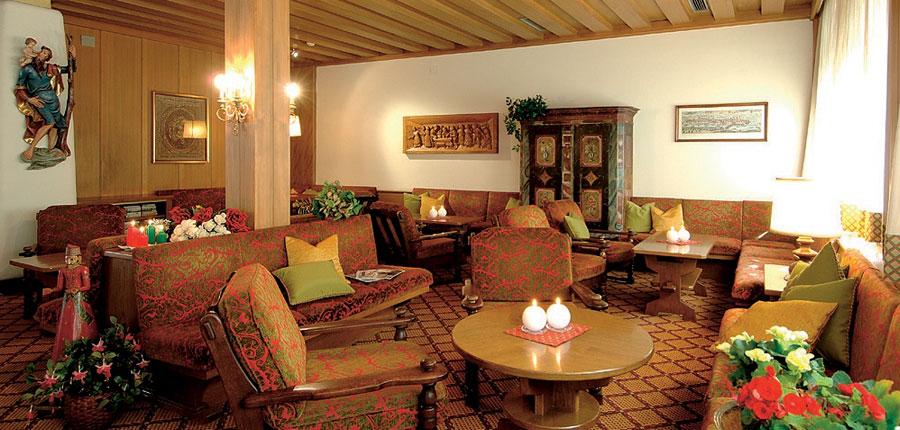 italy_dolomites_selva_hotel-antares_lounge.jpg
